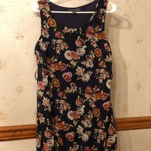 Dresses - Dark blue mini with floral